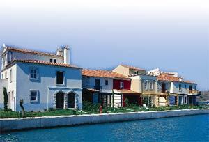 Türkiye'nin Venedik'i Alaçatı'ya inşa ediliyor