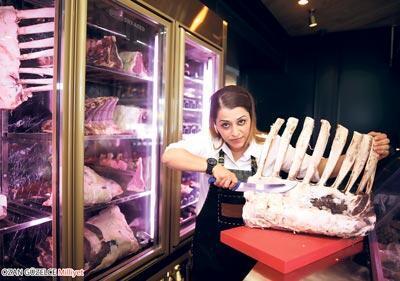 Kasap Kadının eti sosyetenin yeni tutkusu