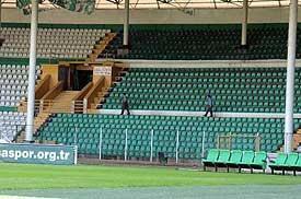 Maç öncesi bayrak krizi