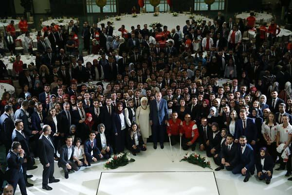 Son dakika: Cumhurbaşkanı Erdoğandan gençlere 2053 ve 2071 çağrısı
