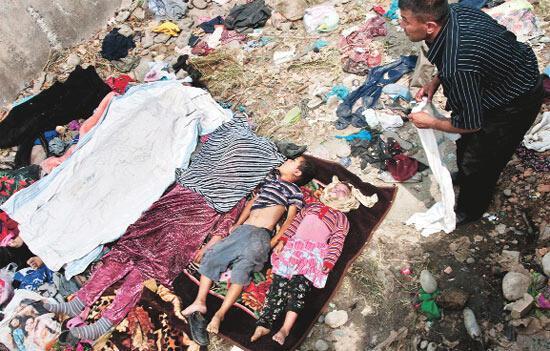 Kırgızistan'da iç savaş 75 ölü 977 yaralı