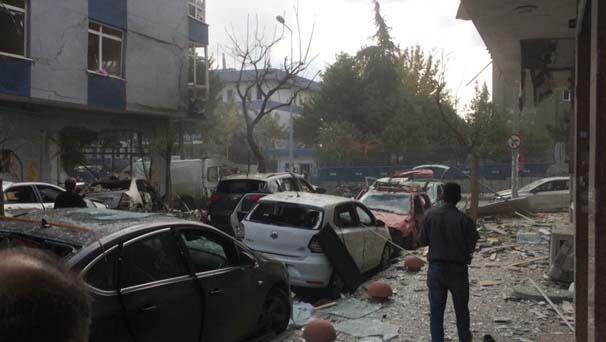 Son dakika haberi: İstanbul Yenibosnada patlama... 1i ağır 10 kişi yaralandı