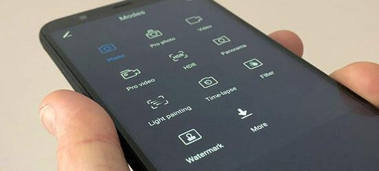 Huawei P Smart inceleme : Bütçe dostu ve 18: 9 ekran sunuyor