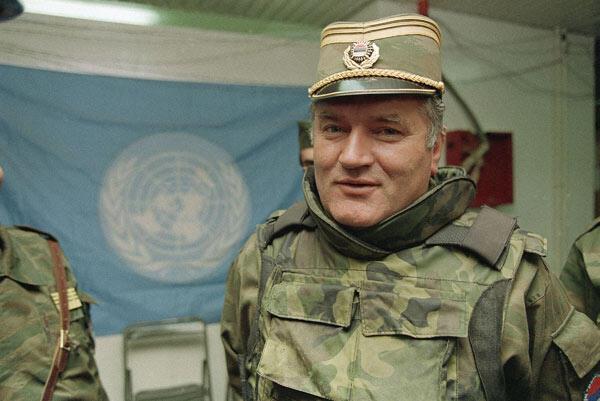 Bosna Kasabı Mladiçe müebbet Dünyanın gözü önünde suçlu ilan edildi
