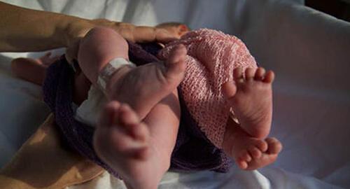 Wilma Elles doğum fotoğraflarını yayınladı