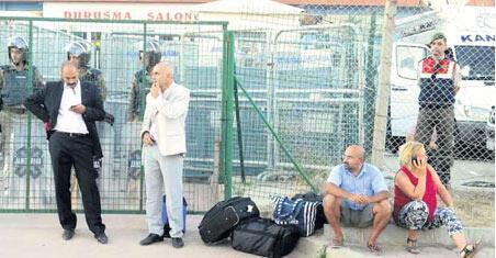 'Ey Zekeriya Öz, iddianamene sahip çık'
