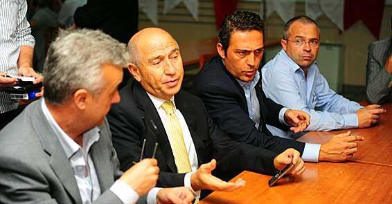 Fenerbahçeyi yalnız bırakanlar Fenerbahçelilerle yüzleşecektir.