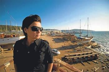 Mega yatları İzmir'e almıyorlar