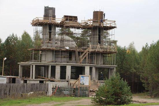 Gökdeniz Karadeniz, Tataristanda cami yaptırıyor