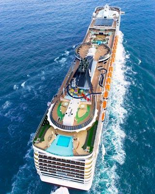 Gemide 4,500 misafire nasıl hizmet verilir