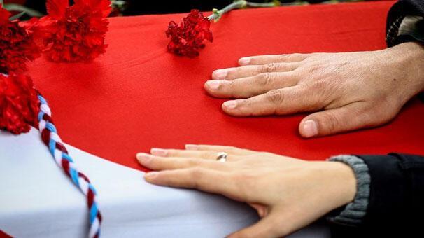 Ankaradaki saldırıda ölenlere gözyaşlarıyla uğurlama