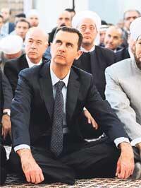 Esad tehlikeli bir kumar oynuyor