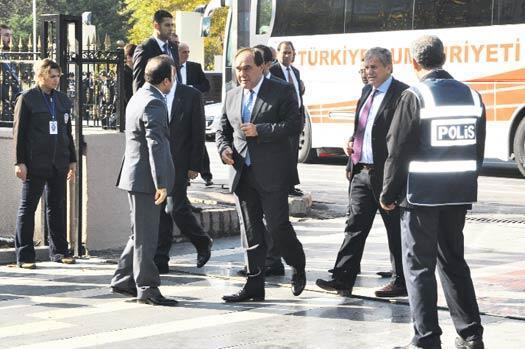 Diyarbakır'da eller birleşti