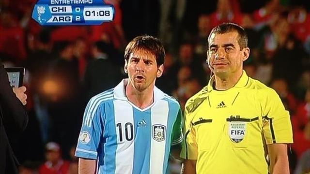 Hakem de Messi hayranı çıktı