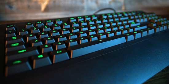 Logitech G213 oyuncu klavyesi inceleme