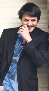 Mehmet Günsür tesadüfleri sever