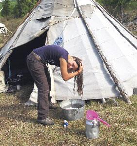 Dukhalarla iki ay çadırda kaldı