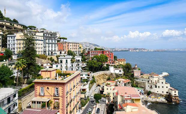 Dünyanın en eski üçüncü kenti: Napoli