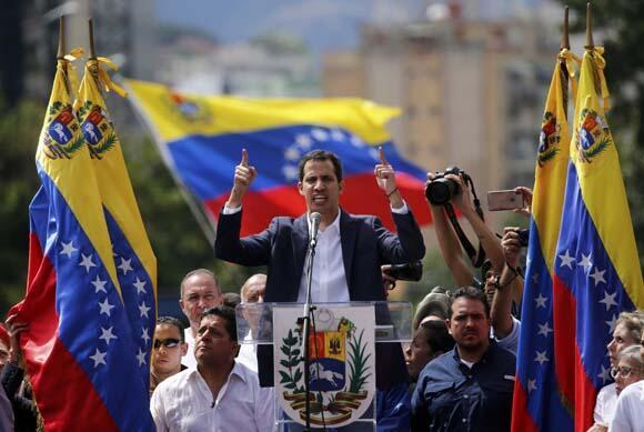 Dünyayı sarsan bomba ABD iddiası Juan Guaidoyu aradı ve garanti verdi