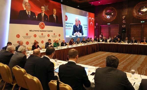 Son Dakika: Devlet Bahçeliden Müjdat Gezen ve Metin Akpınar açıklaması