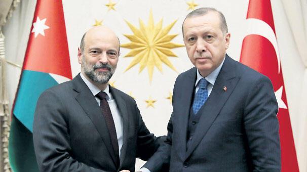 Erdoğan'dan terörle mücadele mesajı: Bugün yarın önemli müjdeler verebiliriz