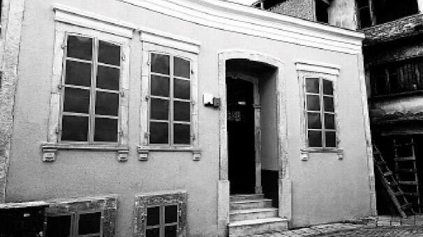 İzmir'de Pırlanta Üçgen