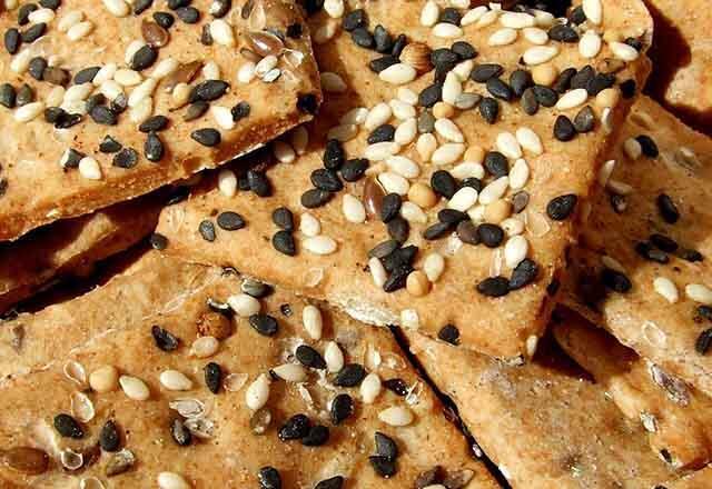 Kahvaltılık glutensiz kraker tarifleri