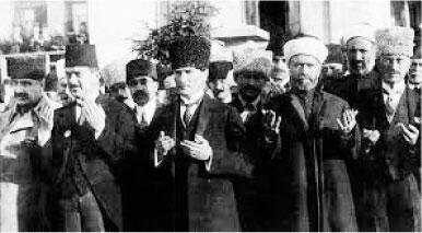 """""""ESKİDEN TÜRKİYE 780 BİN KİLOMETRE KAREYMİŞ..."""""""