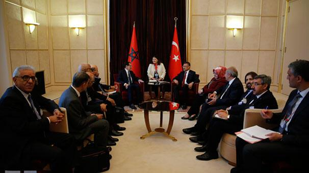 Cumhurbaşkanı Yardımcısı Oktaydan İsviçrede önemli görüşmeler