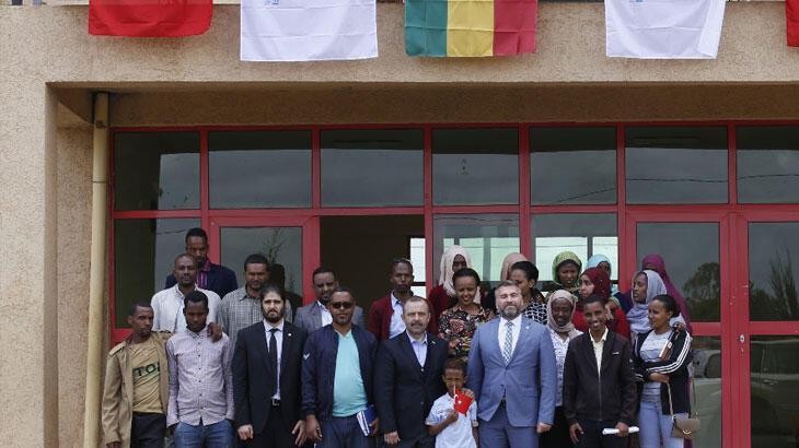 Etiyopya'dan FETÖ hamlesi Türkiye Maarif Vakfına devredildi
