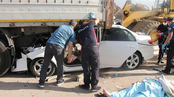 Kahreden kaza! Anne baba öldü, iki çocuk yaralı thumbnail