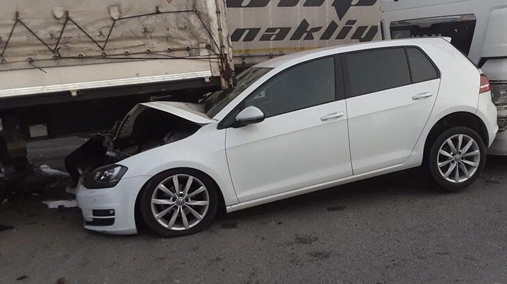 Konya'da sis nedeniyle 10'dan fazla araç birbirine girdi - Haberler Milliyet