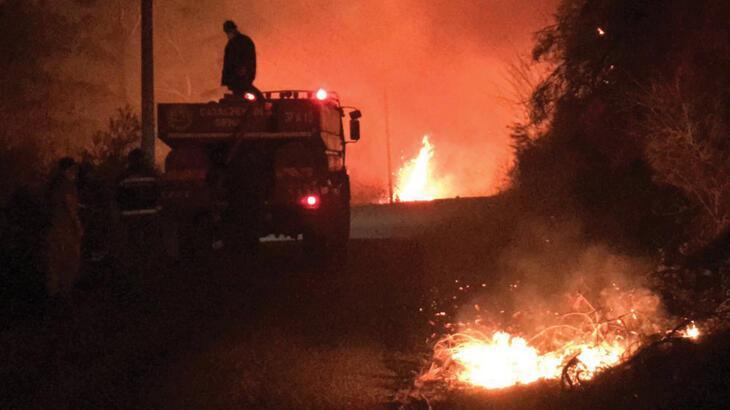 Son dakika: Kastamonu'da korkutan orman yangını! Mahalleye sıçradı