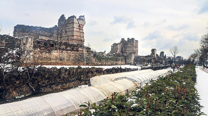 Tarihi surlar restore edilecek