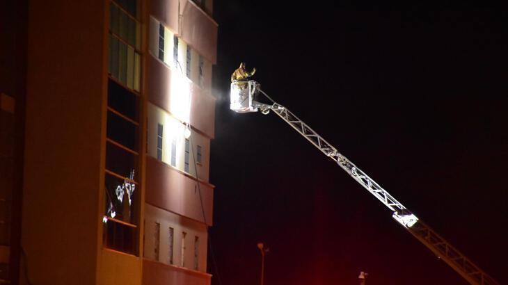 İzmir'de göçmen geri gönderme merkezinde korkutan yangın
