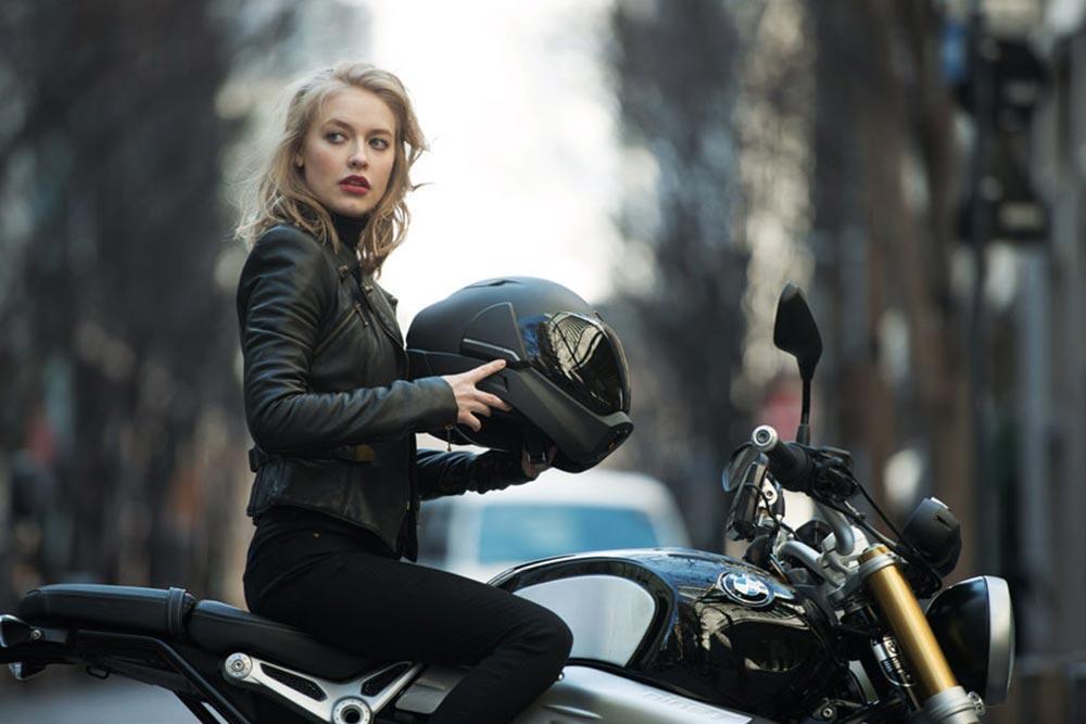 Akıllı Motosiklet Kaskı: CrossHelmet X1