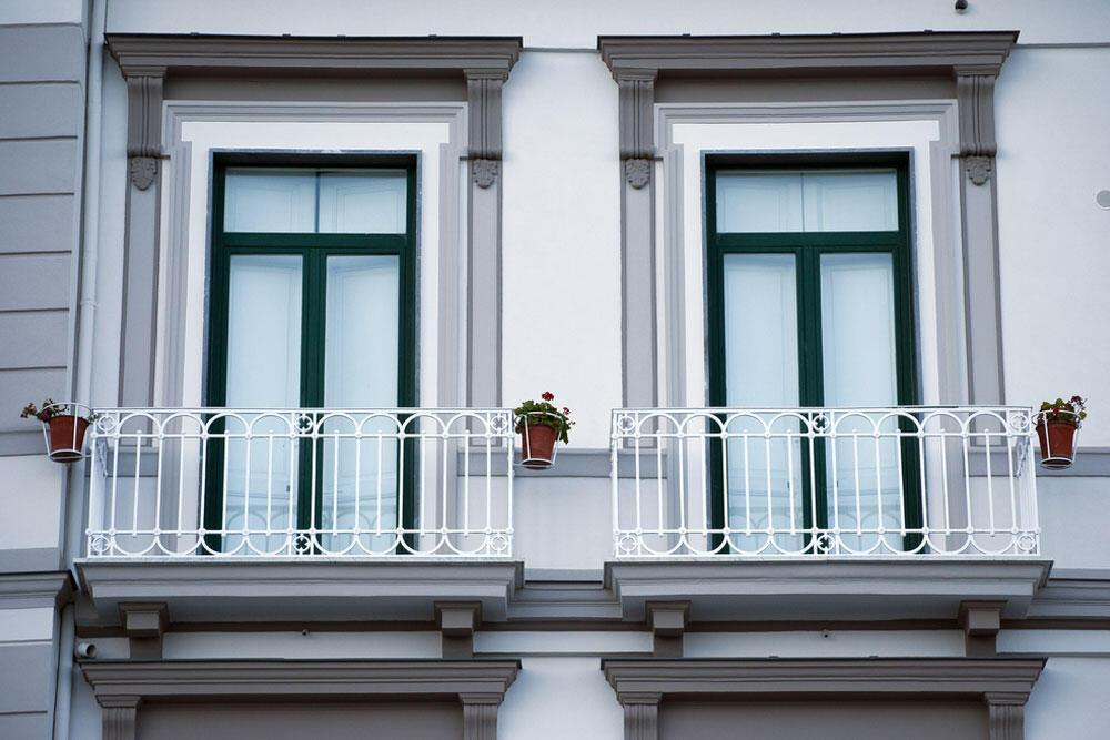 Fransız Balkon Kullanmak Doğru mu