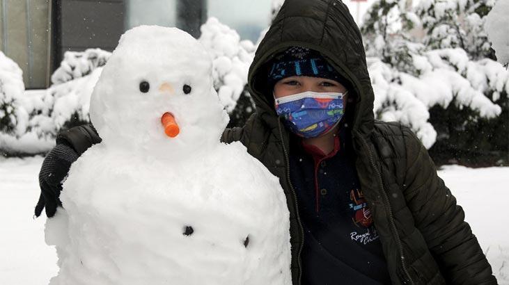 Son dakika haberi: Kayseri'de kar yağışı nedeniyle yüz yüze eğitime bir gün ara thumbnail