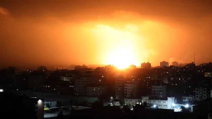 İsrail Gazze'ye hava saldırılarına yeniden başladı