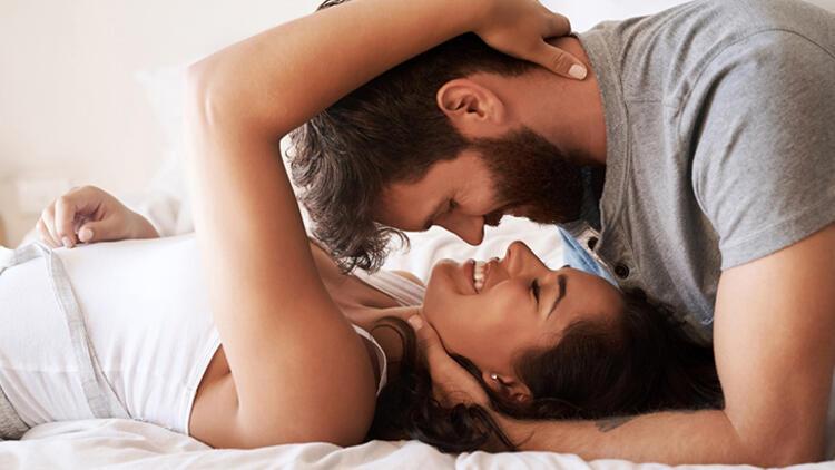 İlişkinizi güçlendirmenin 5 şaşırtıcı yolu thumbnail