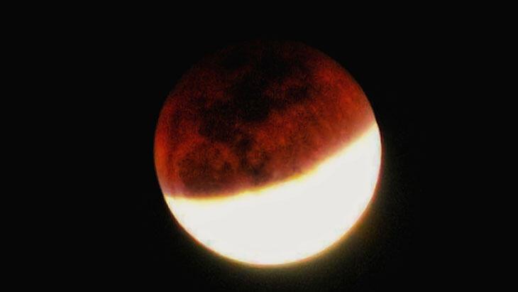 Ay tutulması, Merkür retrosu ve Güneş tutulması neler getirecek? thumbnail
