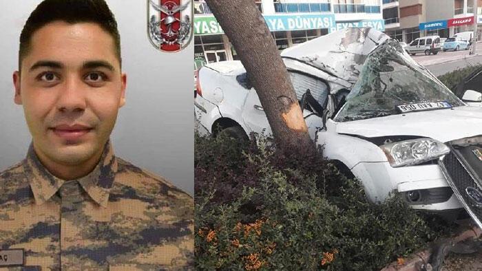 Otomobil, refüjdeki ağaca çarptı; sözleşmeli er hayatını kaybetti