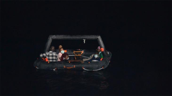 Türk kara sularına geri itilen 40 düzensiz göçmen kurtarıldı
