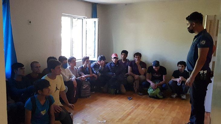 Metruk evde 52 düzensiz göçmen yakalandı