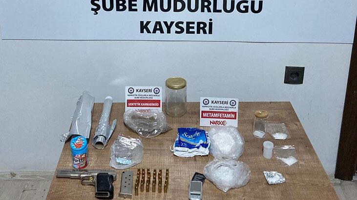 Zehir tacirlerine operasyon! 8 kişi yakalandı