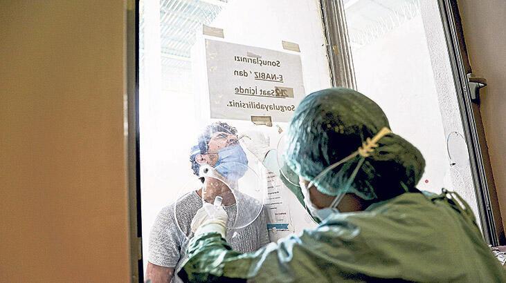 Aşısız işçiye her hafta PCR testi