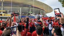 Türkler, Stade de France'a akın etti!
