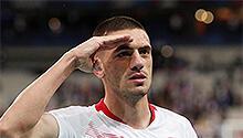 Eğer bir futbolcu asker selamı verirse...