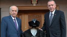Bahçeli'den Erdoğan'a 'Hakan kaftanı'