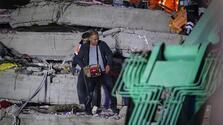 Depremle ilgili skandal paylaşımlar!
